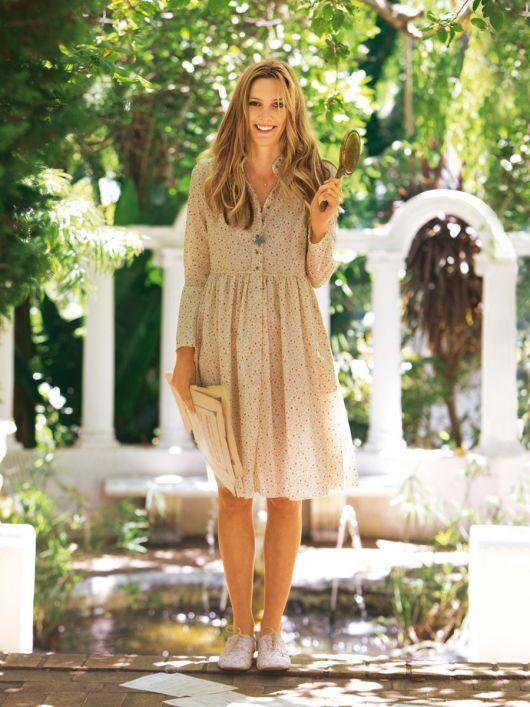 Сукня-сорочка з широкою відрізною спідницею