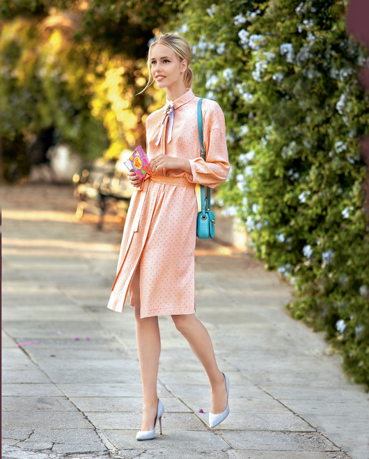 Сукня-сорочка з боковими розрізами