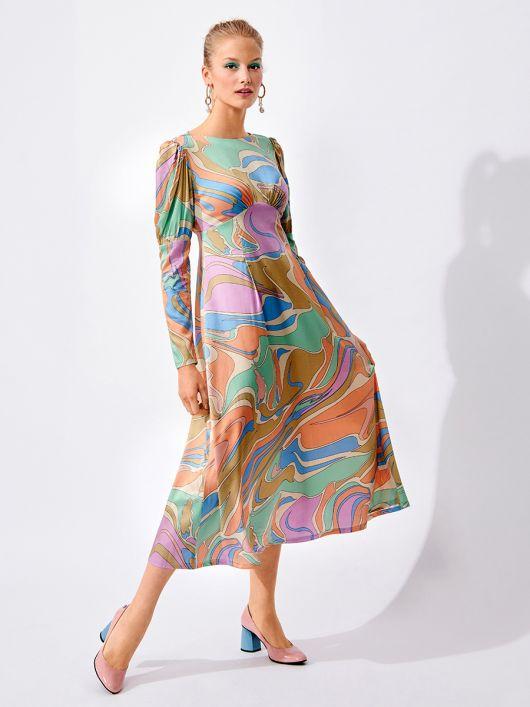 Сукня силуету ампір з пишними рукавами