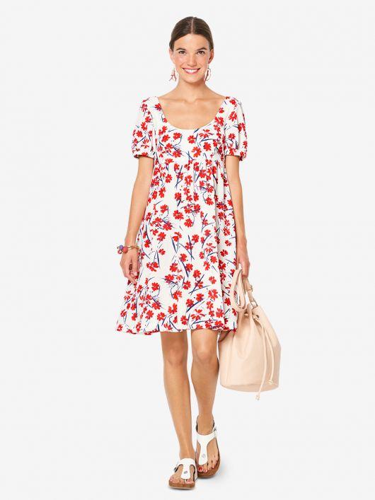 Сукня силуету ампір з глибоким вирізом