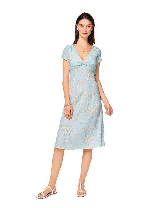 Сукня силуету ампір з драпіровкою на ліфі