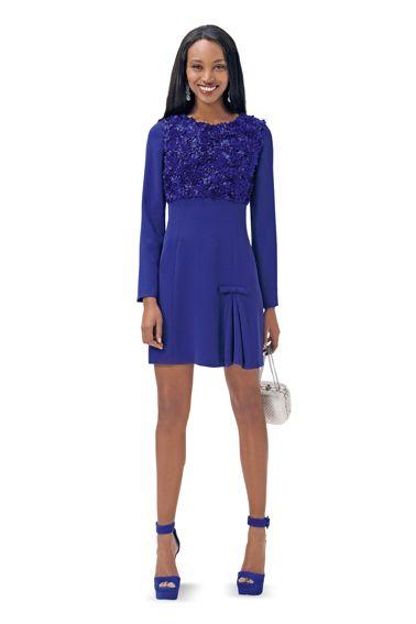 Сукня силуету ампір із розкльошеною спідницею