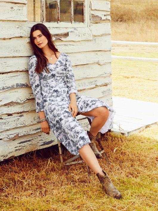 Сукня силуету ампір з рукавами кімоно