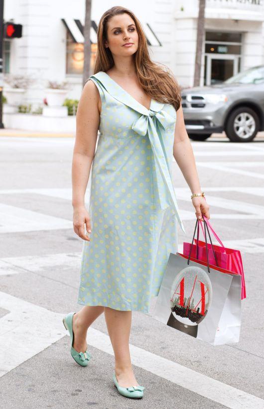 Сукня зі знімним коміром