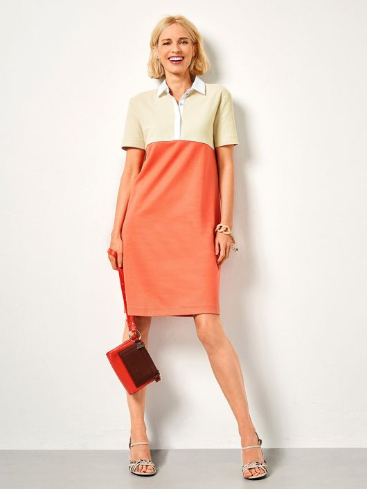 Сукня трикотажна із застібкою поло