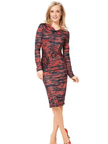 Сукня-футляр трикотажна з вирізом-гойдалки