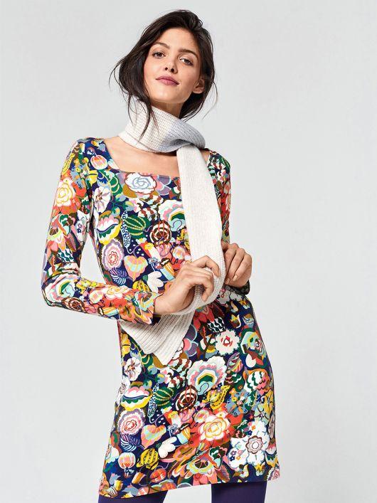 Сукня трикотажна з вирізом каре