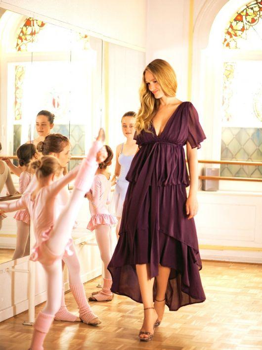 Сукня вечірня із багатошаровою спідницею