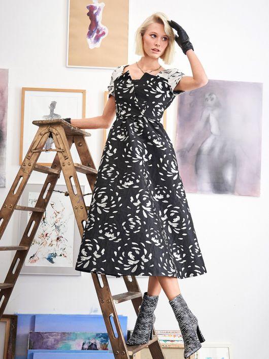 Сукня з пишною спідницею в стилі 50-х