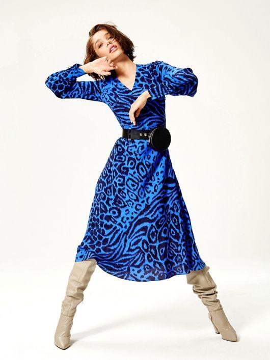 Платье с расклешенной юбкой миди