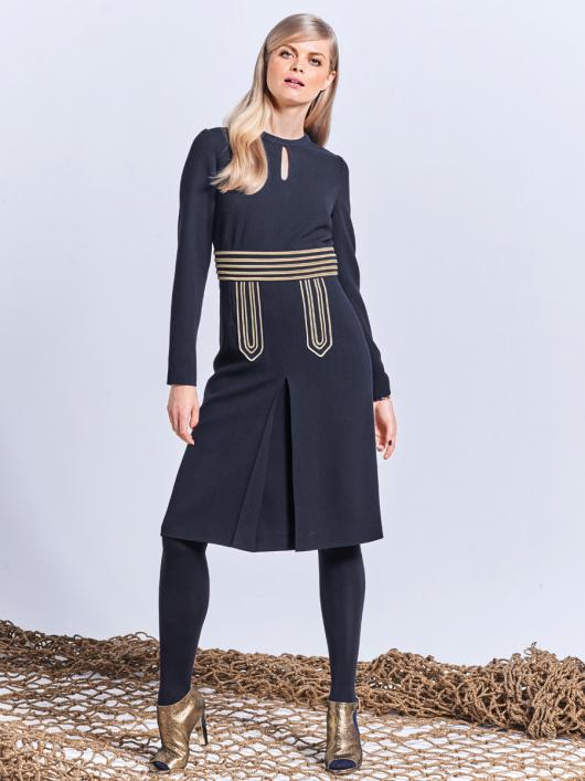 Сукня відрізна із зустрічною складкою
