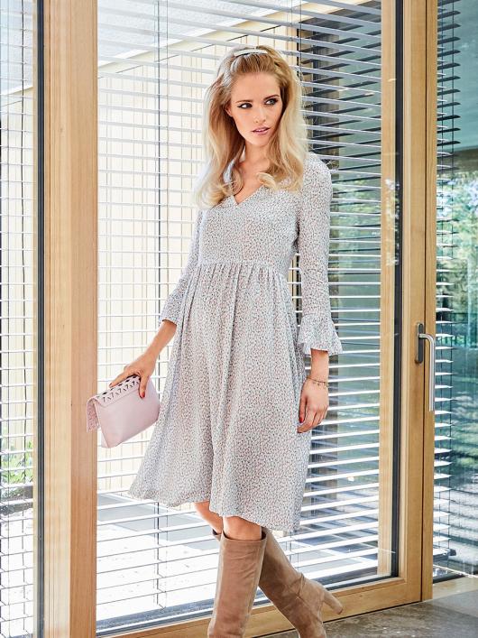 Сукня відрізна з V-подібним вирізом