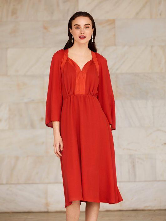 Сукня відрізна з декоративними планками