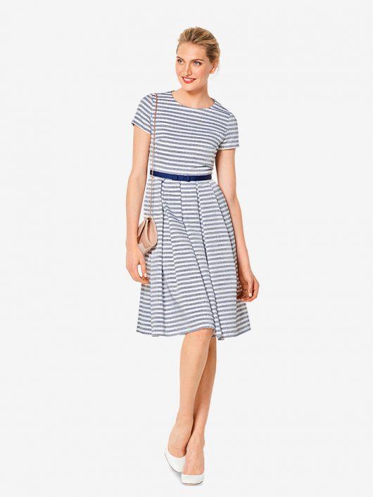 Сукня з короткими рукавами і пишною спідницею