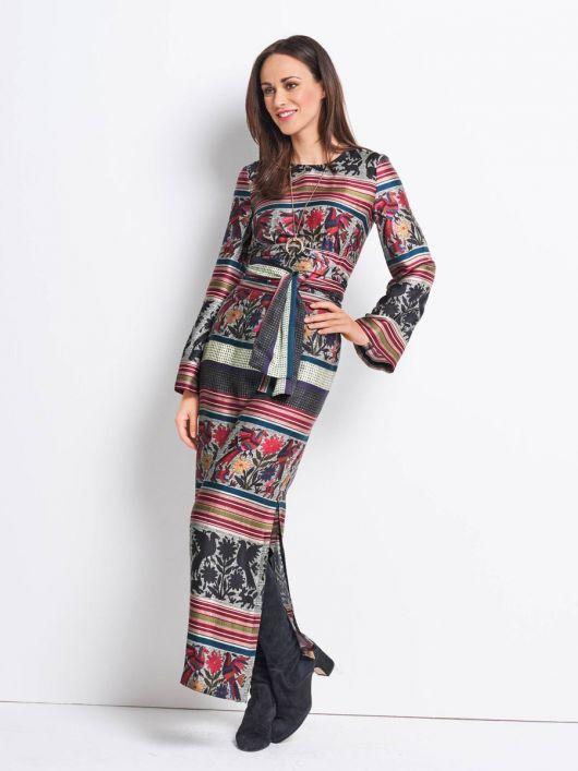 Сукня максі силуету ампір з широкими рукавами