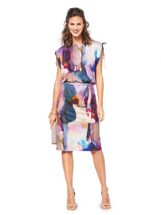 Сукня з кулісками в плечових швах