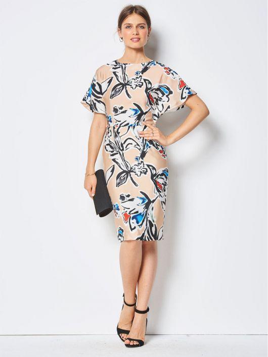 Сукня із застібкою на спинці