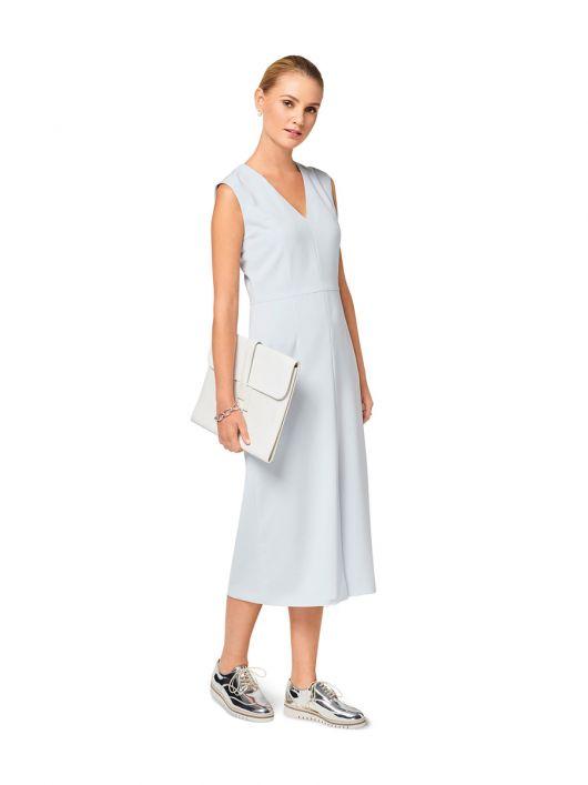 Сукня відрізна приталеного силуету