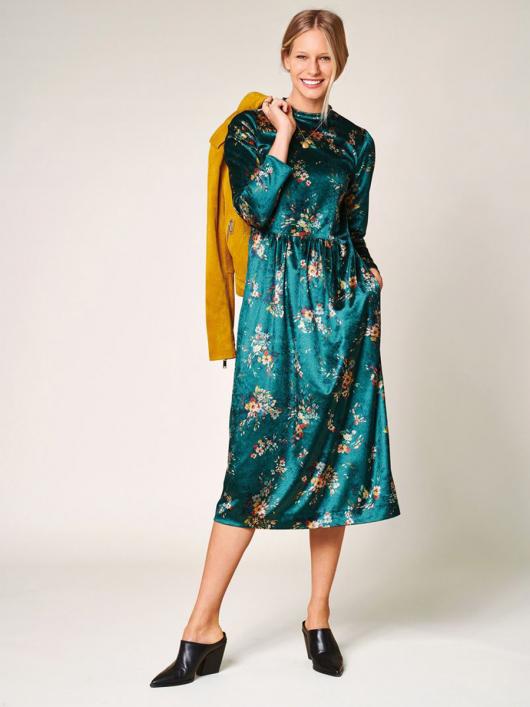 Сукня оксамитова з призбореною спідницею