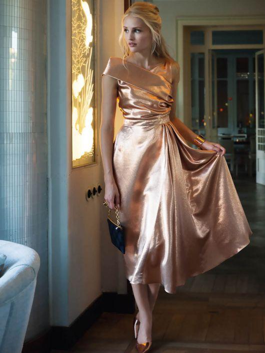 Сукня відрізна з коміром на одне плече