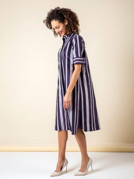 Сукня-сорочка з короткими рукавами