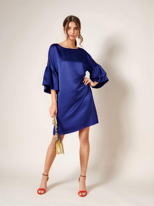Сукня міні з широкими оборками на рукавах