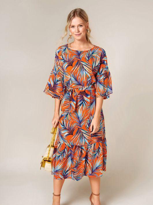 Сукня міді з пишними оборками