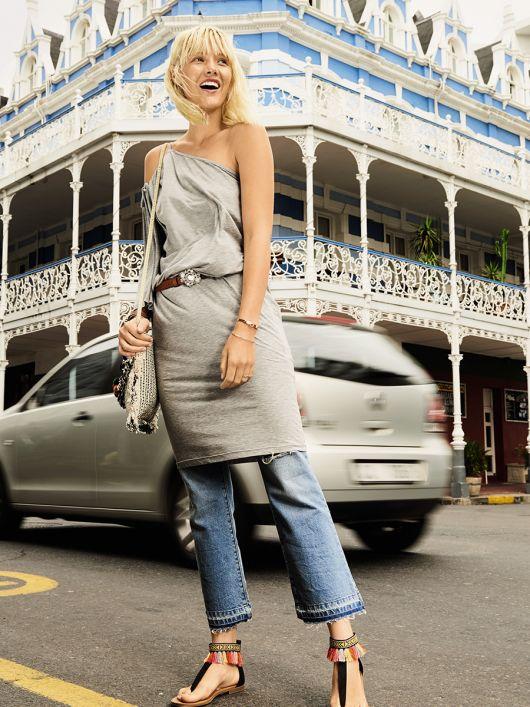 Сукня асиметричного крою на одне плече