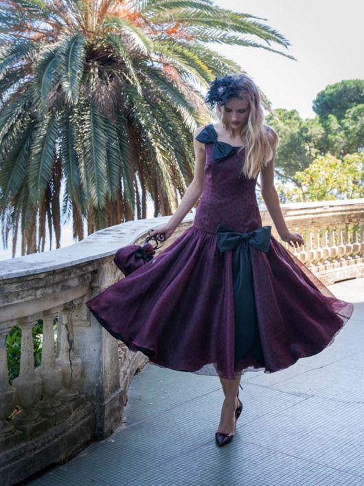 Сукня з пишною спідницею кльош