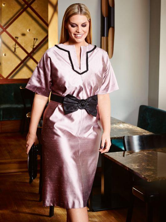 Сукня прямого крою з рукавами кімоно