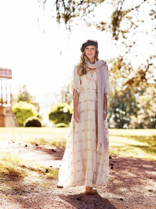Сукня довга з пишними рукавами