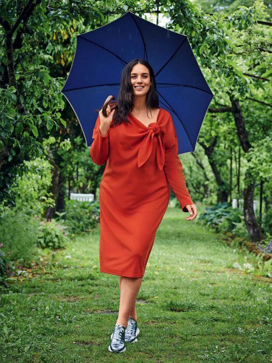 Сукня трикотажна прямого силуету