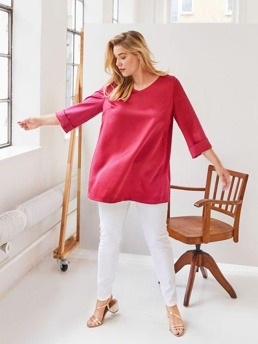 Блузка зі складками на спинці