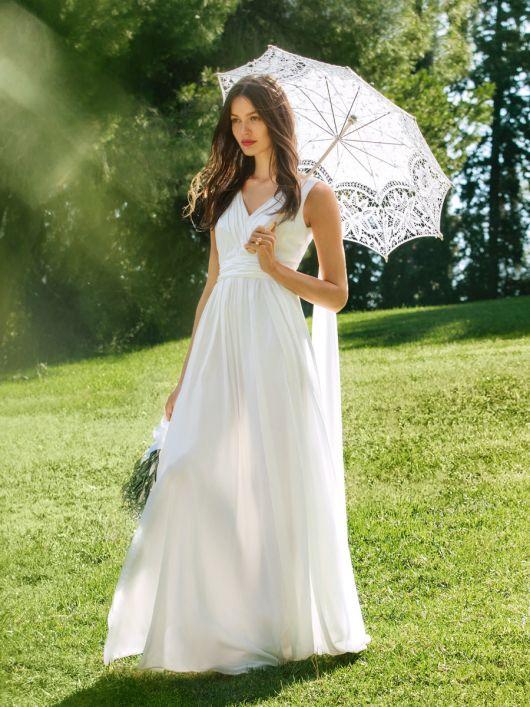 Сукня в грецькому стилі з довгою спідницею