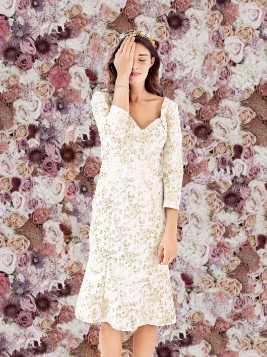 Весільна сукня з серцеподібним вирізом