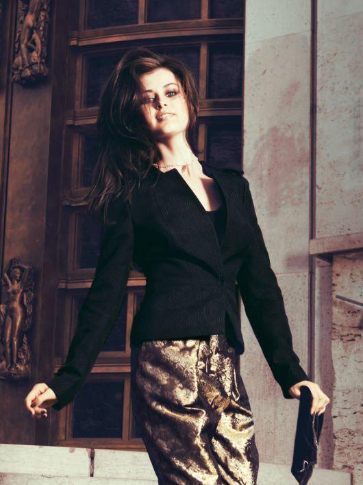 Жакет шовковий з баскою