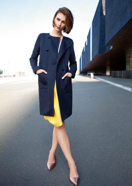 Пальто з накладними кишенями
