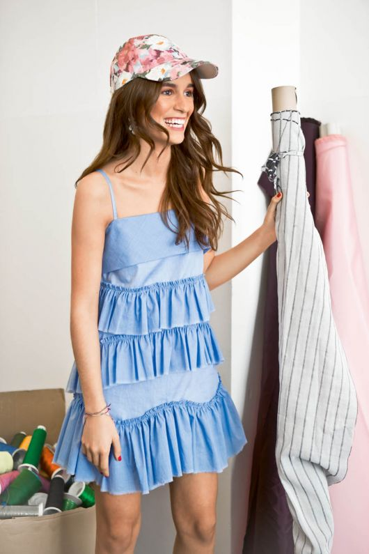 Сукня з фігурними оборками