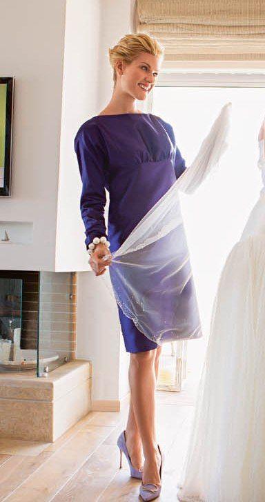 Сукня із завищеною талією