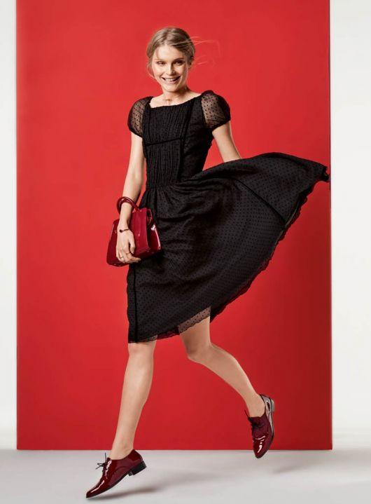Сукня з облягаючим ліфом