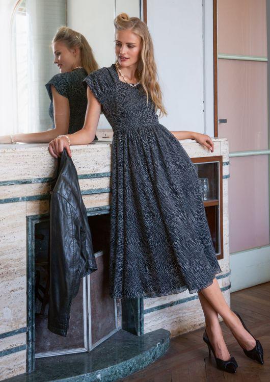Вінтажна сукня відрізна по талії