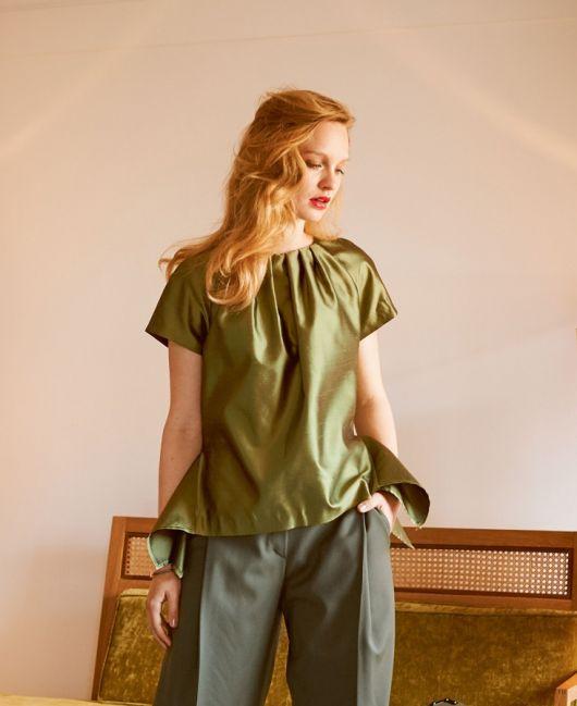 Блузка з рукавами реглан