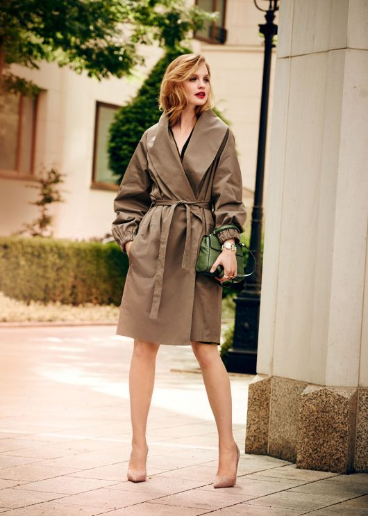 Пальто із запахом та шалевим коміром