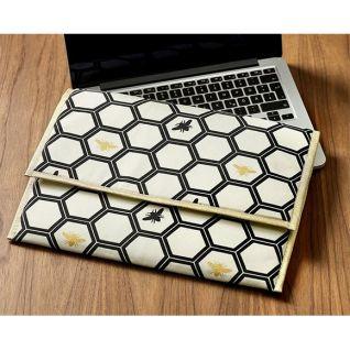 Як зробити дорожній чохол для ноутбука власноруч