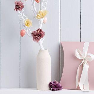 Як прикрасити інтер'єр шовковими квітами