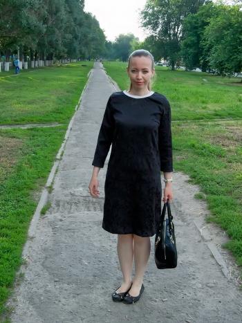 Сукня в дусі Шанель