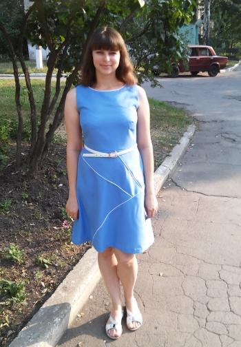 Перша сукня для мене