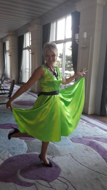 Яскраві стиляги. Сукня