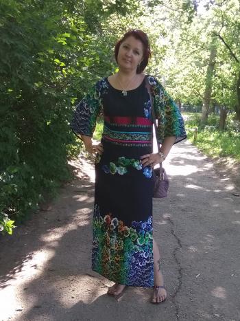 Ну дуже проста сукня