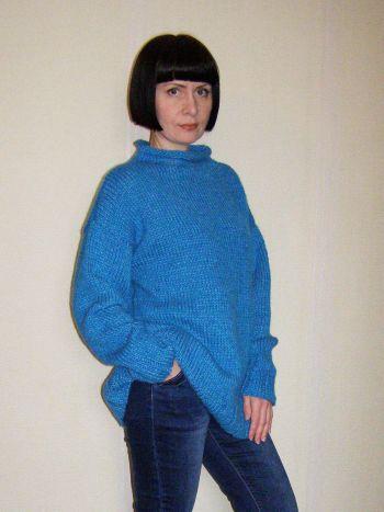 Простий светр оверсайз